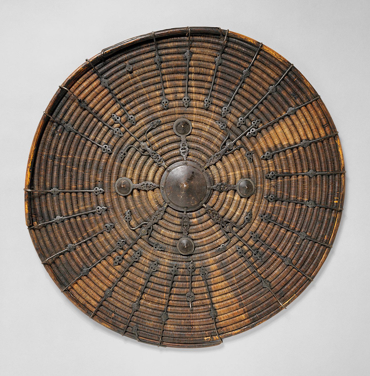 Bouclier du XIVe-XVIe siècle