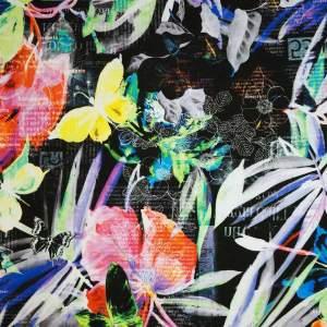 Jersey di viscosa – lettere, fiori e farfalle verde giallo rosso viola nero