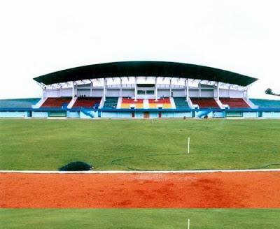Stadion Datu Adil Kota Tarakan menjadi satu-satunya sarana olahraga sepak bola yang representatif digunakan di Bumi Paguntaka