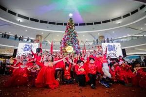 SM City Marilao Lights Royal Christmas Tree