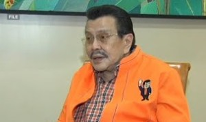 Ex-Pres. Estrada placed on mechanical ventilation as pneumonia worsens