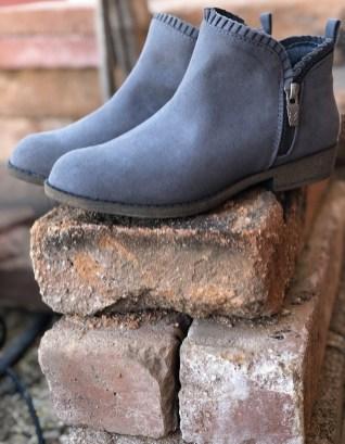 Hayzel Grey Girls Short Zip Up Boots Dr Scholls