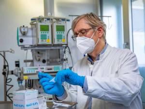 Direktor der Klinik für Pneumologie der Medizinischen Hochschule Hannover: Dr. Welte