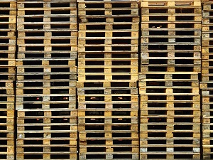 Avoiding Damage to Racks and Pallets