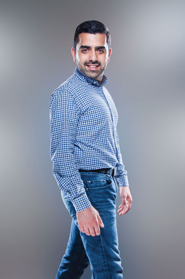 Hassan Naveed Photo by Julian Vankim