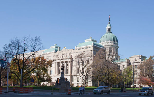 Indiana State Capitol building (Photo: Diego Delso, via Wikimedia Commons).