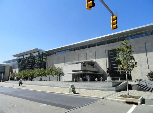 Raleigh Convention Center - Photo: Daderot, via Wikimedia.