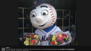 mr. met celebrates mothers day