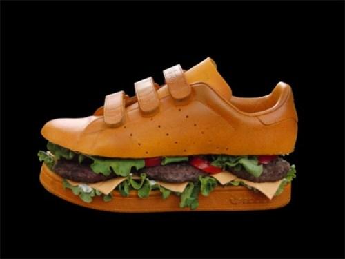 Hamburger als Schuh