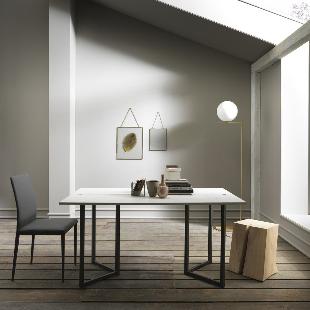 table console extensible design