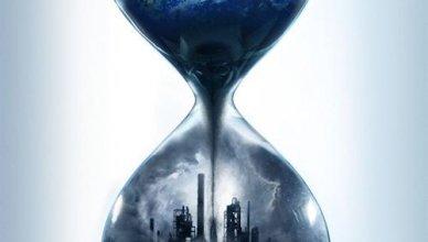 """Poster for the movie """"Uma Sequência Inconveniente"""""""