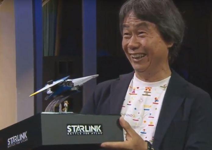 Shigeru Miyamoto é homenageado na E3 com réplica da nave de Starfox