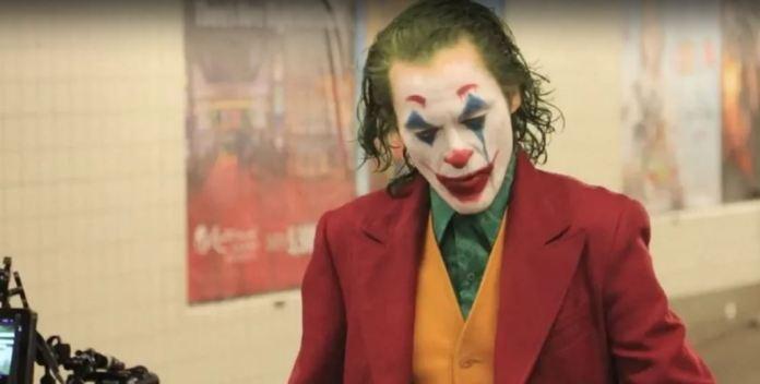 Coringa   Novo vídeo mostra personagem saindo do metrô