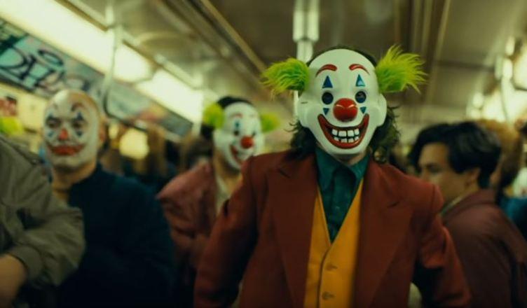 Coringa   Joaquin Phoenix encarna a loucura em trailer final