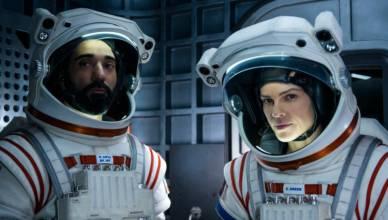 Hilary Swank lidera equipe na primeira missão a Marte em teaser de 'Away' da Netflix