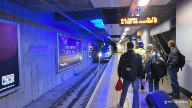 Plataforma da estação Sandton do Gautrain - Joanesburgo