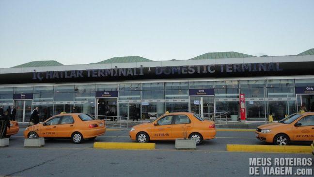 Terminal doméstico do Aeroporto de Istambul