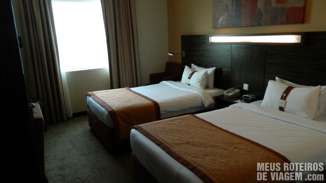 Quarto duplo do Hotel Holiday Inn Express Dubai Jumeirah