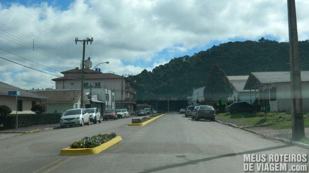 Avenida na chegada de Urupema