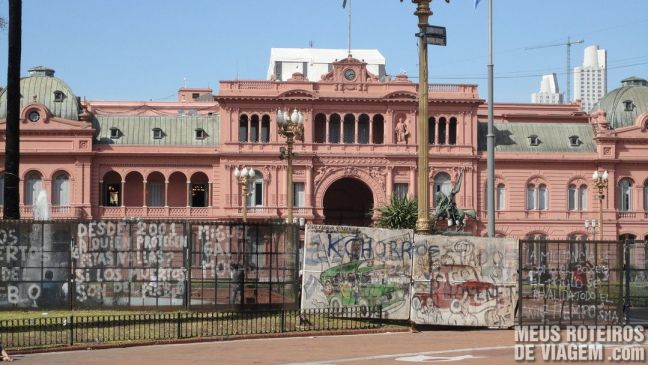 Grades de proteção em frente à Casa Rosada - Buenos Aires, Argentina