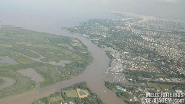 Região da cidade de Tigre, vista do avião - Buenos Aires