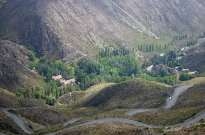 Curvas da Reserva Natural Villavicencio (fonte: Wikimedia Commons)