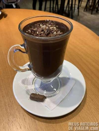 Chocolate quente na Lugano - Gramado