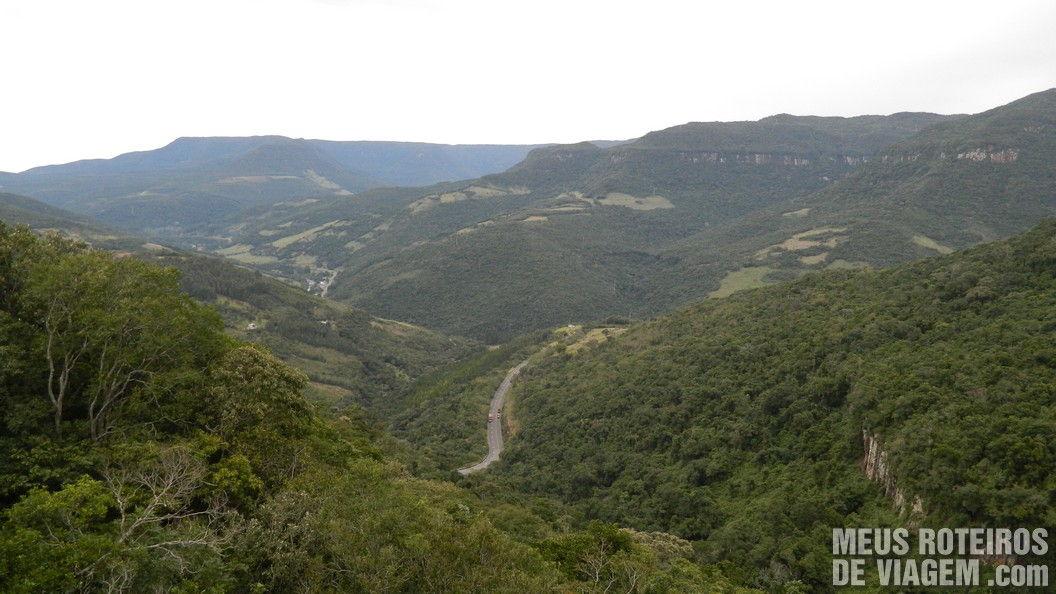 Vista do viaduto dos túneis (mais fácil de parar na descida)