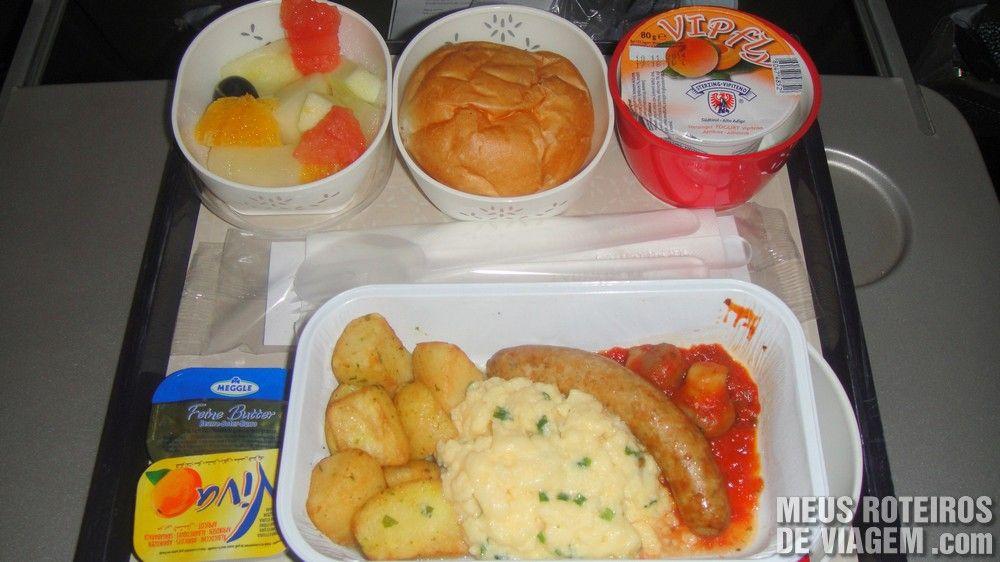 Café da manhã no voo da Cathay Pacific