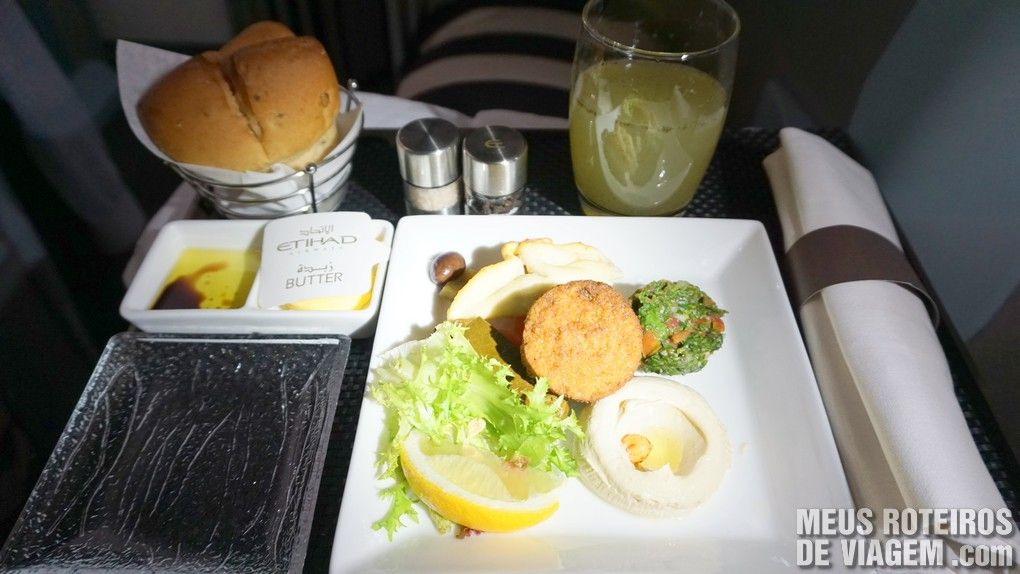 Serviço de bordo da Classe executiva da Etihad Airways - Business Class