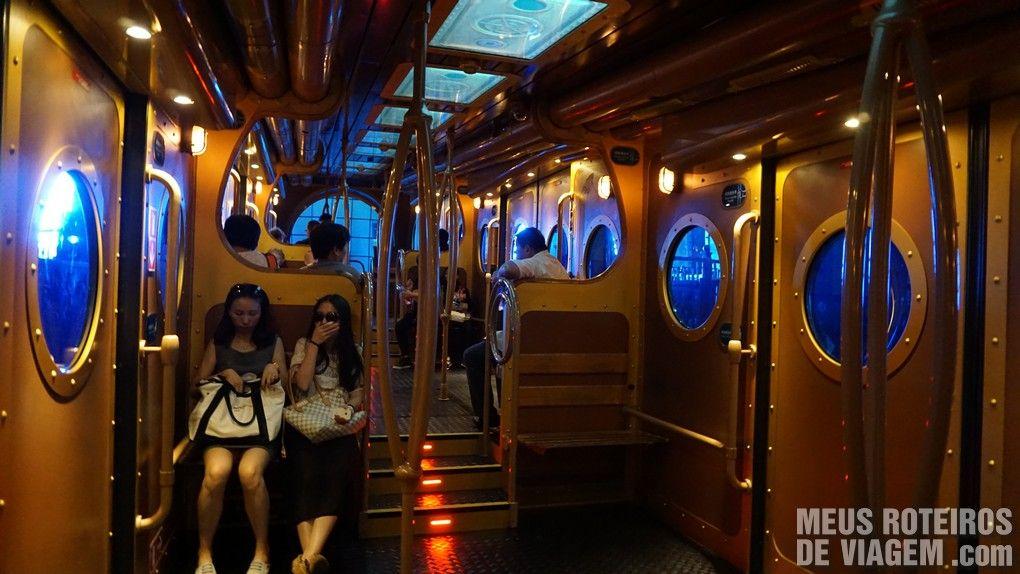 """Trem """"Ocean Express"""" - Ocean Park. Hong Kong"""