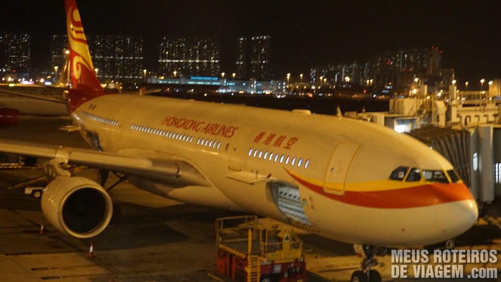 Airbus A330 da Hong Kong Airlines no Aeroporto de Hong Kong
