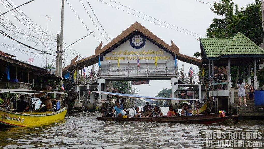 Mercado Flutuante de Damnoen Saduak - Bangkok, Tailândia