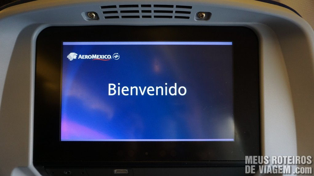 Sistema de entretenimento no Boeing 737 do voo doméstico