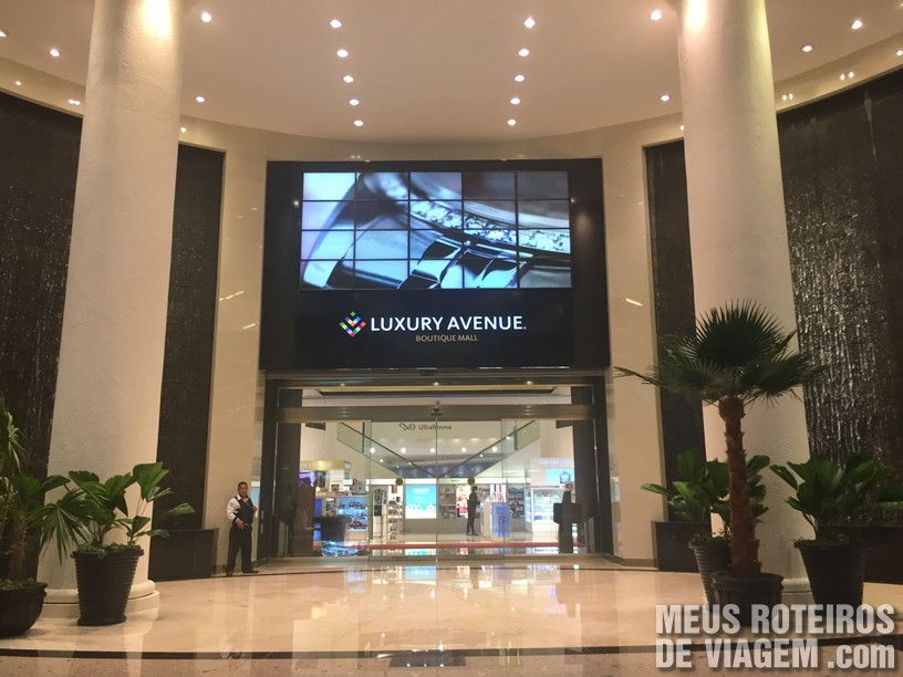 Luxury Avenure no Shopping Kulcan Plaza - Cancun