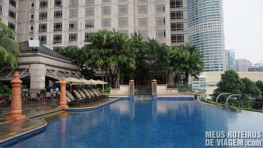 Piscina do Mandarin Oriental Kuala Lumpur