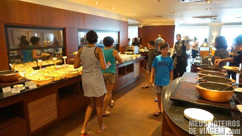Café da manhã no hotel Golden Tulip Regente - Rio de Janeiro