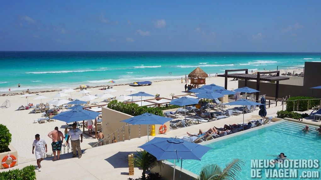 Piscina do Hotel Secrets The Vine Cancun