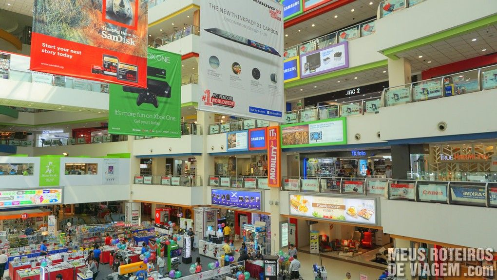 Funan DigitaLife Mall - Cingapura