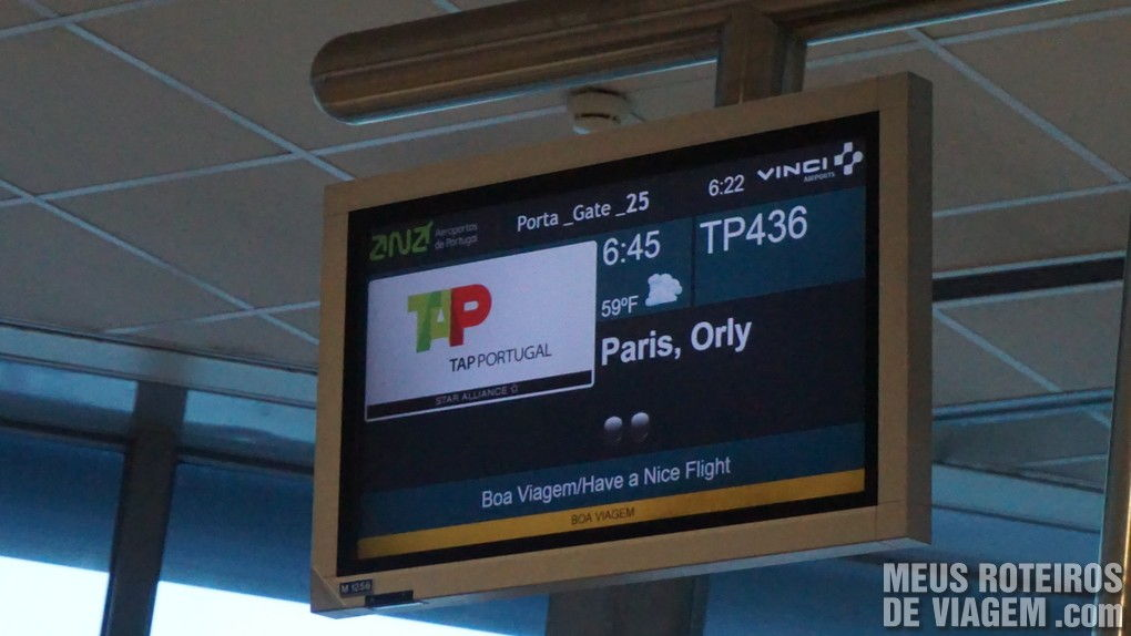 Tela do voo no Aeroporto de Lisboa