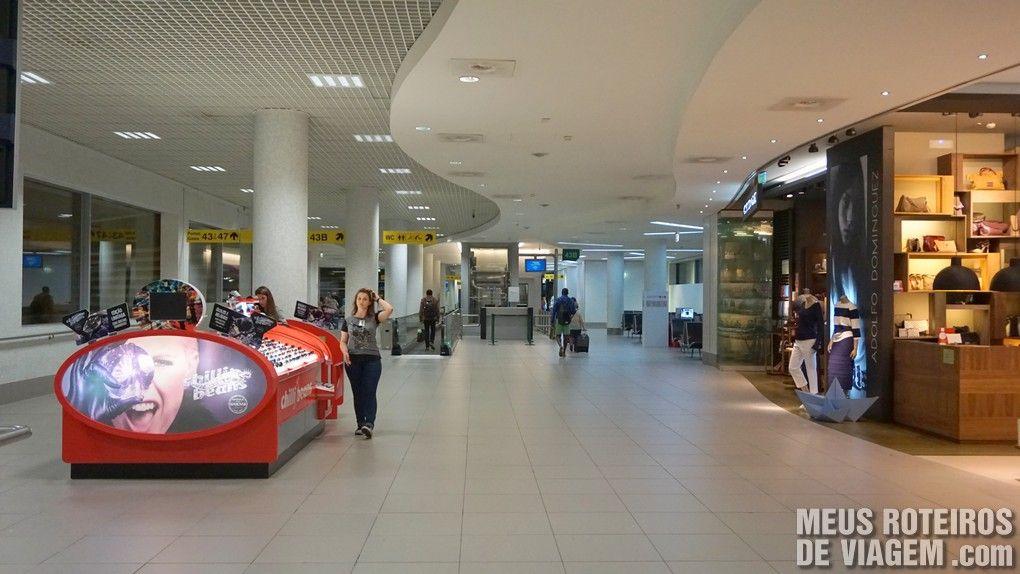 Área de embarque do Aeroporto de Lisboa