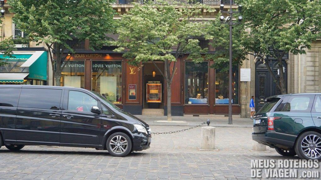 Louis-Vitton - Saint-Germain-de-Prés, Paris