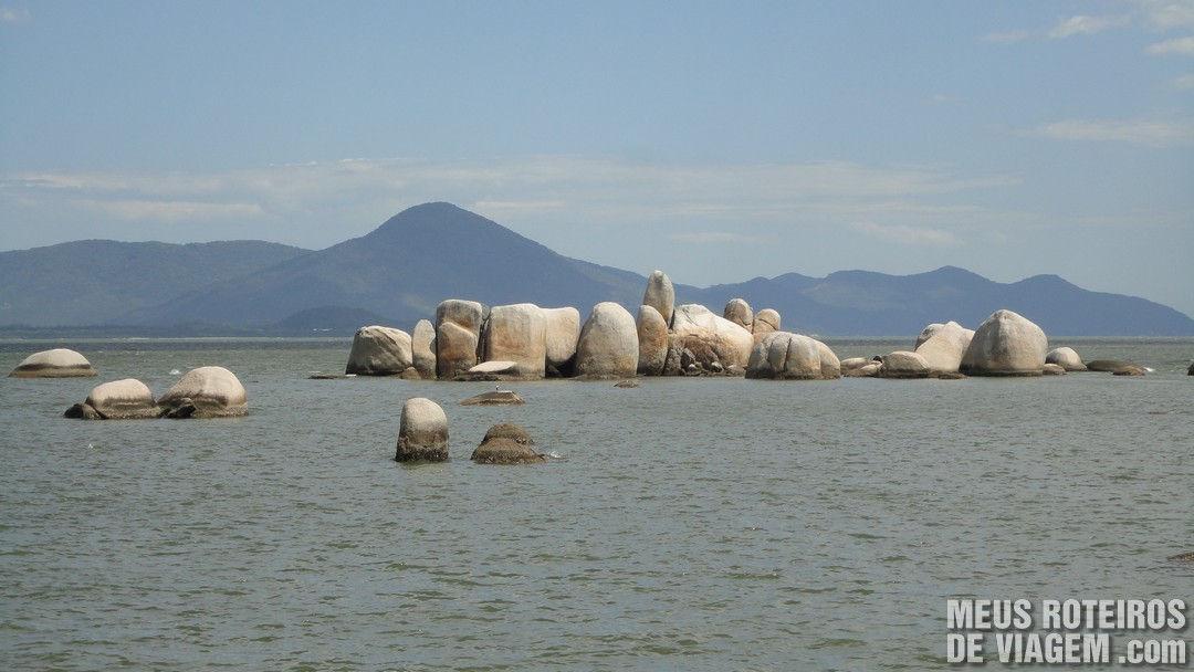 Pedras na Praia do Itaguaçú - Florianópolis