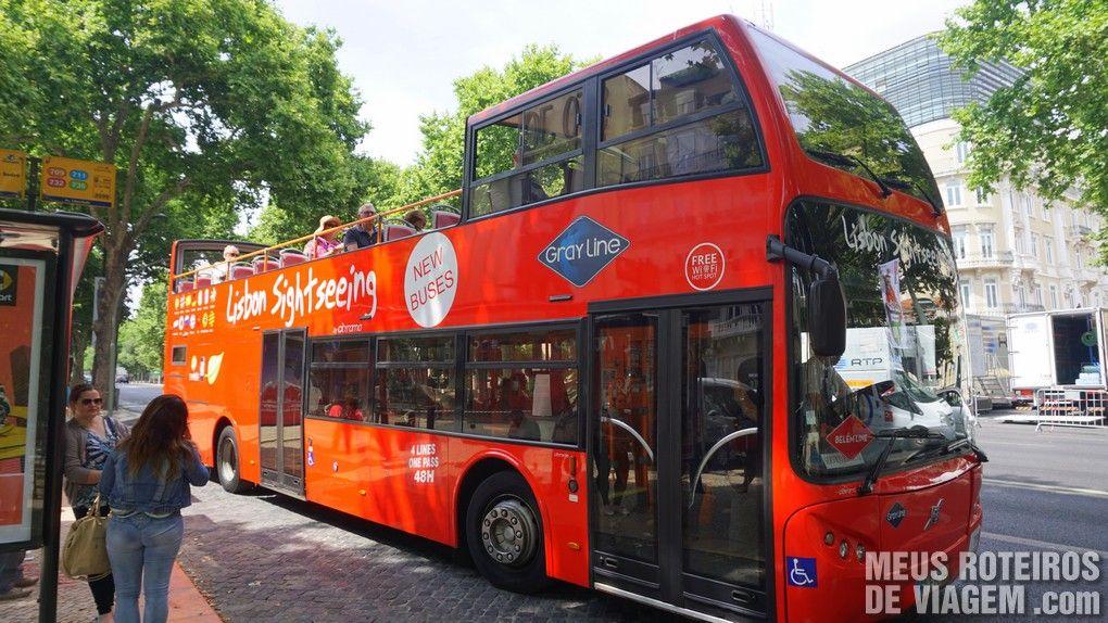 Ônibus turístico panorâmico - Lisboa, Portugal