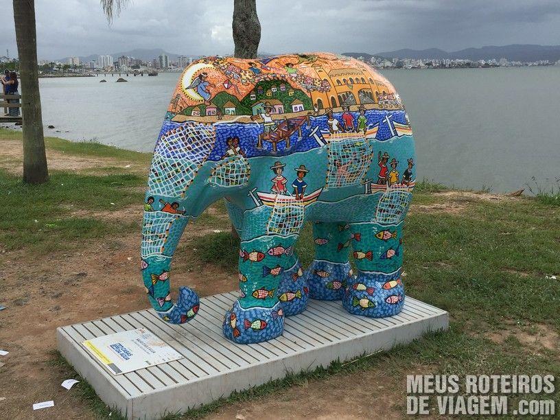 """Elefante """"Salve o Sol e a Lua"""", por Tolentino Santanna Neto"""