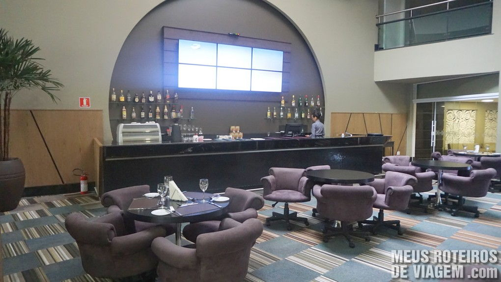 Bar do Hotel Wyndham Golden Foz Suites - Foz do Iguaçú