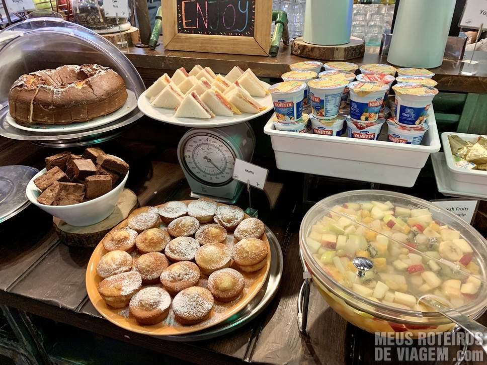 Café da manhã no hotel The RomeHello