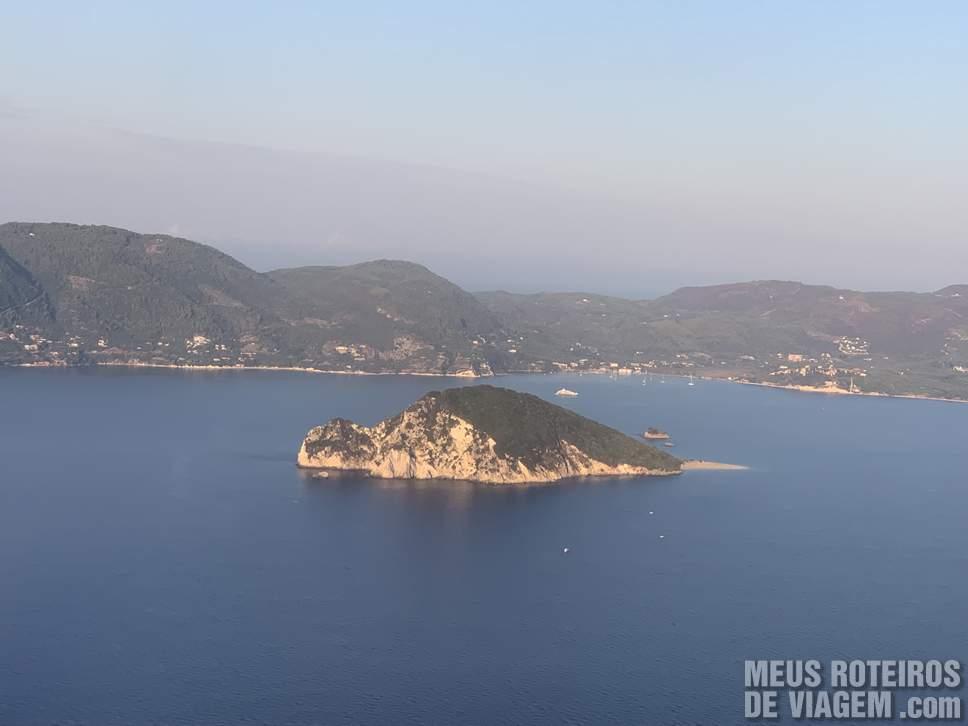 Pousando na ilha grega de Zakynthos