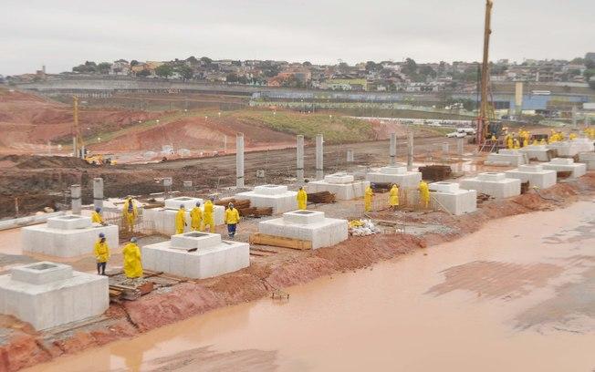 Fundações do lado leste do futuro estádio do Corinthians