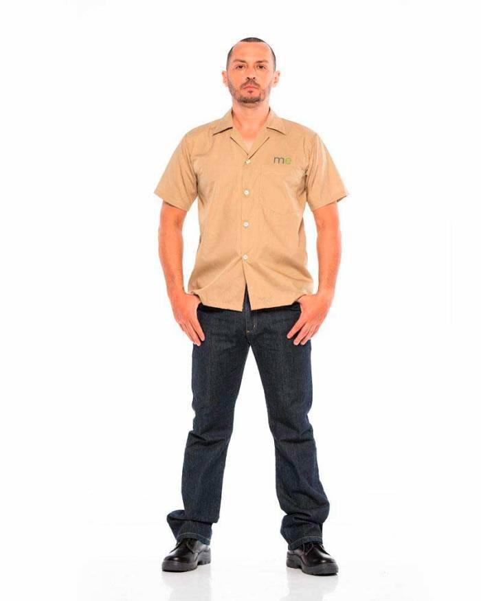 Dotación de uniformes l18